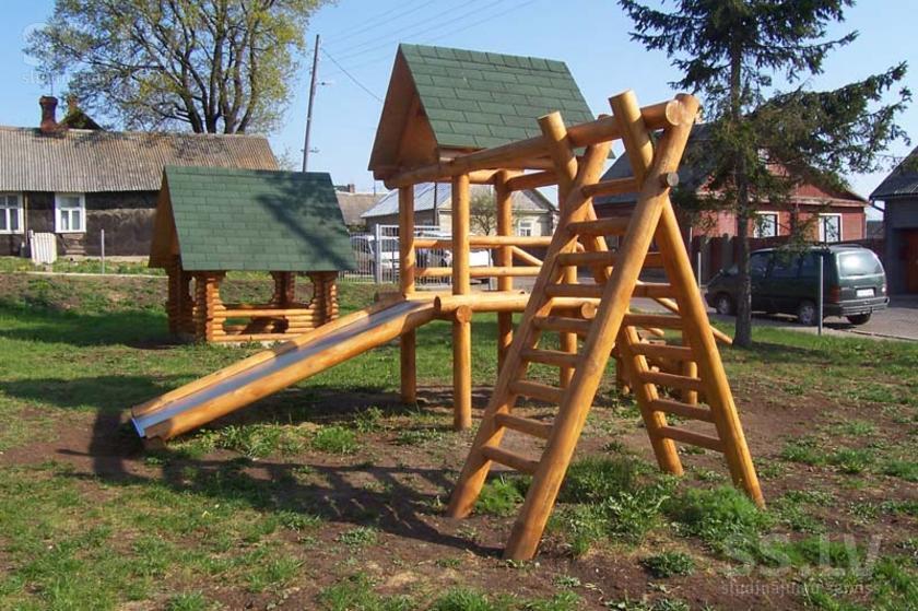Детские площадки своими руками из дерева и бревен фото 95