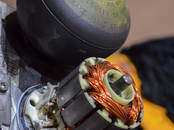Ремонт и запчасти Двигатели, ремонт, регулировка CO2, цена 150 €, Фото