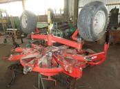 Lauksaimniecības tehnika,  Lopbarības sagatavošanas tehnika Ruļļu savācējpreses, Foto
