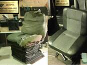 Ремонт и запчасти Перетяжка кожи, ремонт салона, цена 23 €, Фото