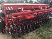 Сельхозтехника,  Посевная техника Зерновые сеялки, цена 10 990 €, Фото