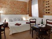 Туризм Гостиницы и хостелы, цена 10 €/час, Фото
