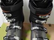 Sports, aktīvā atpūta,  Kalnu slēpošana Slēpju zābaki, cena 145 €, Foto