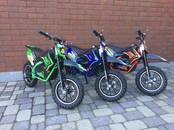 Игрушки, качели Электромобили, электромотоциклы, цена 390 €, Фото