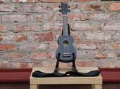 Mūzika,  Mūzikas instrumenti Stīgu, cena 30 €, Foto
