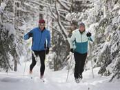 Спорт, активный отдых Беговые лыжи, цена 25 €, Фото