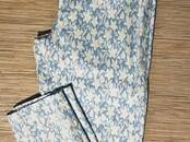 Women's clothes Trousers, price 10 €, Photo