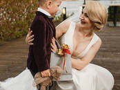 Women's clothes Wedding dresses and accessories, price 260 €, Photo